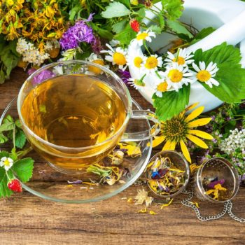 Травяной чай для сна: польза и вред